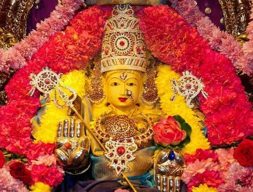 Goddess_Parashakthi_in_the_Temple