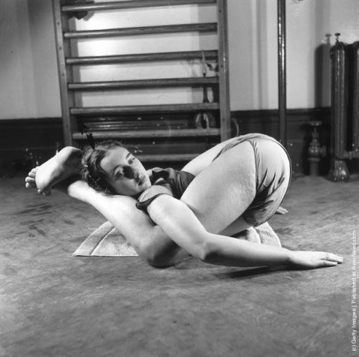 Vintage Yoga (6)